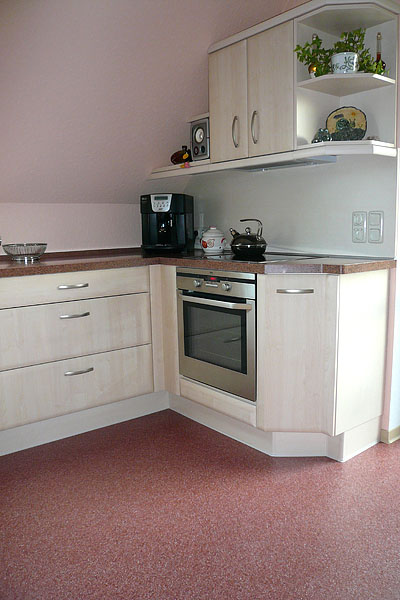 malermeister henry vetter bodenlegerarbeiten verlegen von teppichb den auslegeware cv. Black Bedroom Furniture Sets. Home Design Ideas